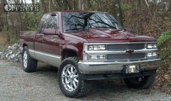 "1995 Chevrolet K1500 - 20x9 -12mm - XD Badlands - Stock Suspension - 33"" x 12.5"""