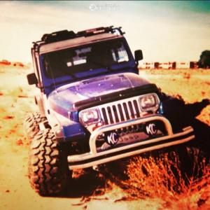 "1994 Jeep Wrangler - 15x18 -44mm - Weld Racing Classic - Suspension Lift 4"" - 33"" x 12.5"""