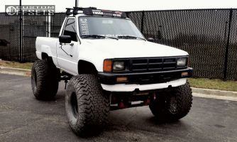 "1986 Toyota Pickup - 15x14 -88mm - Bart Super Trucker - Suspension Lift 6"" & Body 3"" - 40"" x 18.5"""