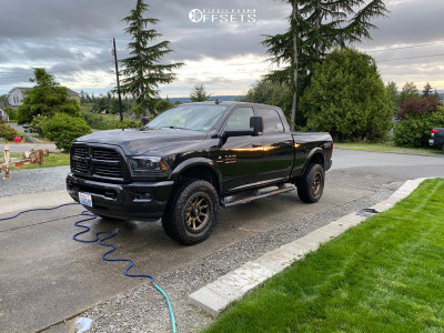 """2017 Ram 2500 - 20x9 0mm - Dirty Life Dt-2 - Stock Suspension - 35"""" x 11.5"""""""