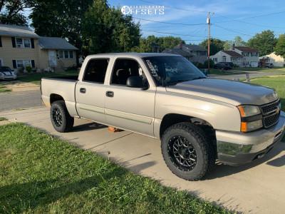 """2006 Chevrolet Silverado 1500 - 18x9 -12mm - XD Grenade - Suspension Lift 3"""" - 32"""" x 9.5"""""""