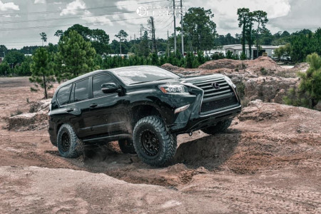 "2018 Lexus GX460 - 17x9 -12mm - SCS Ray 10 - Suspension Lift 3"" - 35"" x 12.5"""