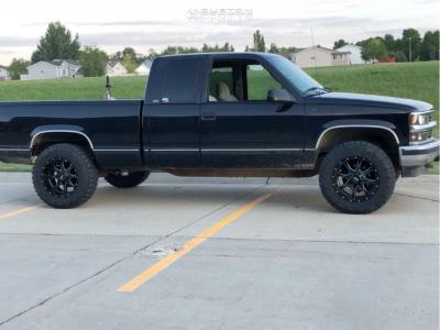 "1996 Chevrolet K1500 - 18x10 -24mm - Moto Metal MO970 - Leveling Kit - 33"" x 12.5"""