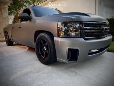 2013 Chevrolet Silverado 1500 - 18x9 0mm - Level 8 Mk6 - Lowered 4F / 6R - 265/60R18
