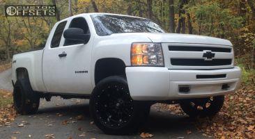 """2011 Chevrolet Silverado 1500 - 20x12 -44mm - Fuel Hostage - Suspension Lift 4.5"""" - 305/50R20"""