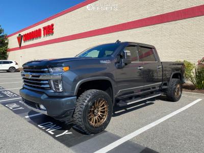 "2020 Chevrolet Silverado 3500 HD - 22x10 -19mm - Fuel Rebel - Leveling Kit - 35"" x 12.5"""