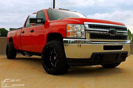 2011 Chevrolet Silverado 2500 HD - 20x14 -76mm - XD Buck - Lowered 2F / 4R - 305/50R20