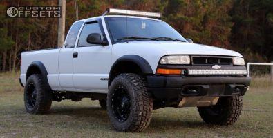 "1998 Chevrolet S10 - 17x9 -12mm - Fuel Hostage - Suspension Lift 3"" - 265/70R17"