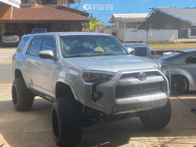"""2017 Toyota 4Runner - 20x14 -76mm - Fuel Forged Ff19 - Suspension Lift 6"""" - 33"""" x 12.5"""""""