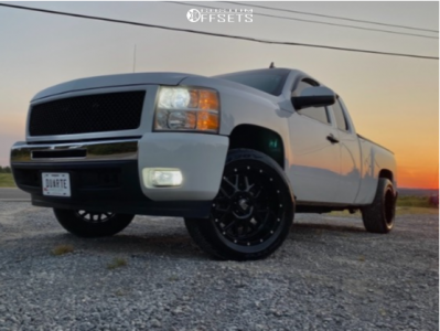 "2011 Chevrolet Silverado 1500 - 20x10 -24mm - XD Grenade - Level 2"" Drop Rear - 275/55R20"
