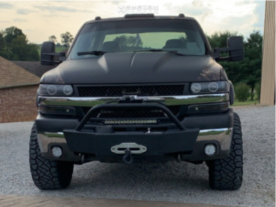 "2002 Chevrolet Silverado 2500 HD Classic - 20x10 -24mm - XD Rockstar Ii - Suspension Lift 3"" - 33"" x 12.5"""