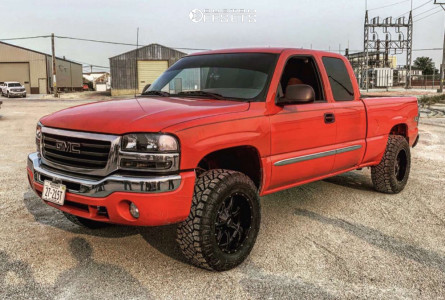 2003 GMC Sierra 1500 - 18x10 -24mm - Moto Metal Mo970 - Leveling Kit - 285/65R18