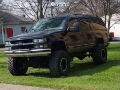 "1995 Chevrolet K2500 Suburban - 16x12 -51mm - Mickey Thompson Classic Baja Lock - Suspension Lift 6"" & Body 3"" - 375/65R16"