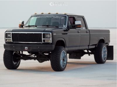 "1990 Ford F-350 - 22x12 -44mm - TIS 544c - Stock Suspension - 35"" x 12.5"""