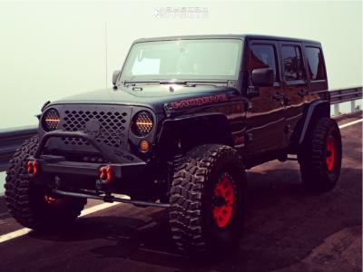 "2013 Jeep Wrangler JK - 17x9.5 0mm - Method Mr305 - Suspension Lift 3.5"" - 37"" x 12.5"""