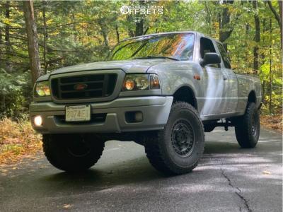 """2004 Ford Ranger - 16x12 -0mm - Black Rhino Armory - Suspension Lift 3"""" - 33"""" x 12.5"""""""