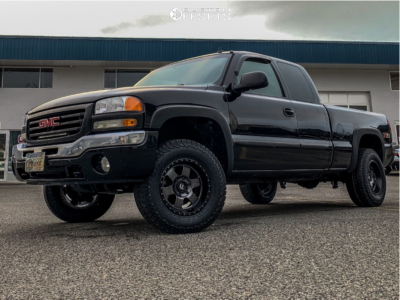 2007 GMC Sierra 1500 Classic - 17x9 -12mm - Fuel Podium - Leveling Kit - 285/65R17