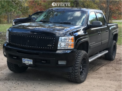 "2009 Chevrolet Silverado 1500 - 20x9 -0mm - LRG 110 - Suspension Lift 4"" - 33"" x 12.5"""