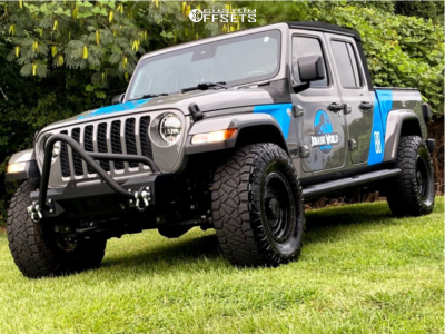 2020 Jeep Gladiator - 17x9 -12mm - XD Xd136 - Stock Suspension - 315/70R17
