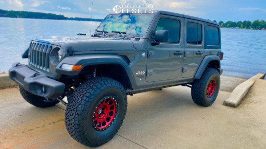 "2020 Jeep Wrangler - 17x8.5 -12mm - Method Mr305 - Suspension Lift 3.5"" - 37"" x 12.5"""