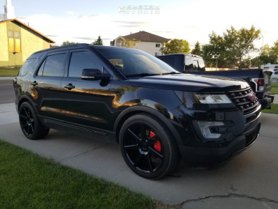 2016 Ford Explorer - 22x10 38mm - Niche Verona - Lowered on Springs - 285/40R22
