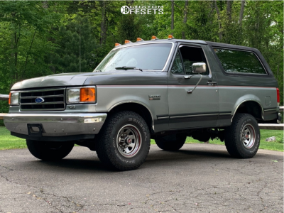 """1989 Ford Bronco - 16x10.5 -43mm - American Racing Bullet Hole - Stock Suspension - 33"""" x 12.5"""""""