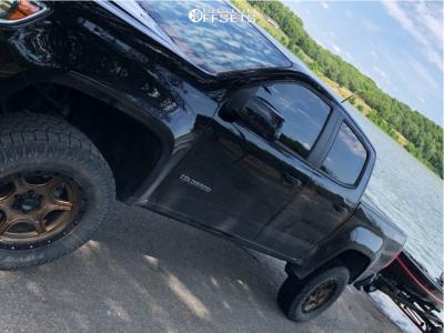 "2019 Chevrolet Colorado - 18x8.5 0mm - Xd Xd139 - Suspension Lift 4"" - 33"" x 12.5"""