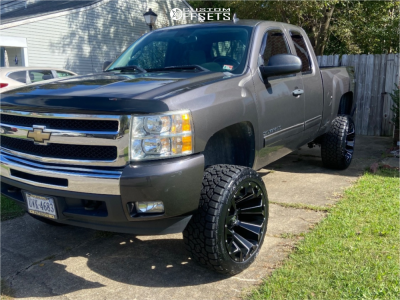 "2011 Chevrolet Silverado 1500 HD - 22x12 -44mm - Fuel Assault - Suspension Lift 6"" - 33"" x 12.5"""