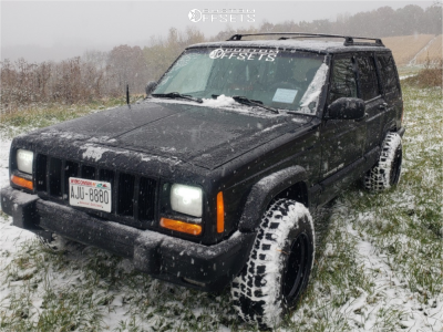 """2000 Jeep Cherokee - 15x10 -39mm - Vision Soft 8 - Stock Suspension - 30"""" x 9.5"""""""