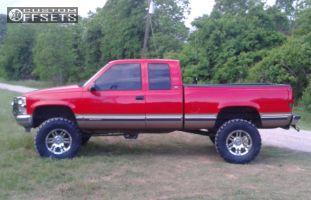 "1998 Chevrolet K1500 - 18x9 -12mm - Moto Metal Mo951 - Suspension Lift 6"" - 35"" x 12.5"""