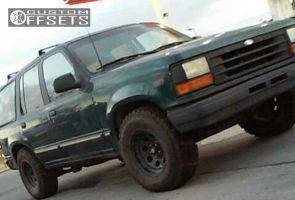 "1994 Ford Explorer - 15x8 0mm - Pro Comp Series 97 - Stock Suspension - 31"" x 10.5"""