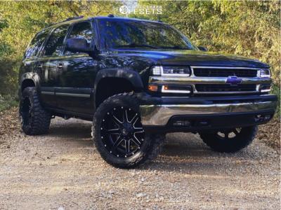 "2005 Chevrolet Tahoe - 20x10 -19mm - Fuel Maverick - Leveling Kit - 33"" x 12.5"""