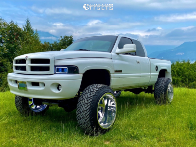 "2001 Dodge Ram 2500 - 24x16 -101mm - Fuel Forged Ff03 - Suspension Lift 6"" - 37"" x 13.5"""