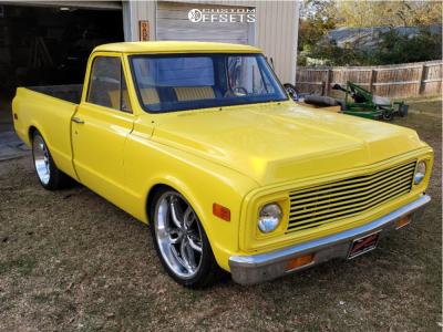 1971 Chevrolet C10 Pickup - 22x8.5 0mm - US Mags C-ten - Air Suspension - 235/8.5R22