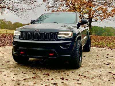 2018 Jeep Grand Cherokee - 20x9 0mm - Mayhem Warrior - Stock Suspension - 275/55R20