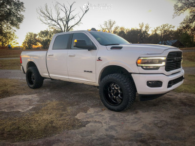 2020 Ram 2500 - 20x10 -25mm - BMF Payback - Lowered on Springs - 305/55R20