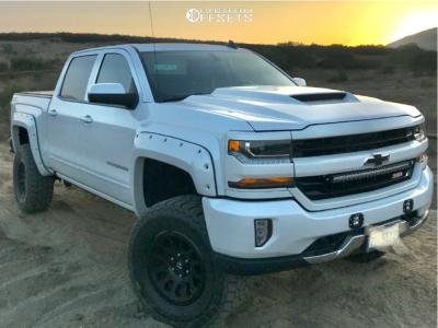 """2018 Chevrolet Silverado 1500 - 18x9.5 12mm - Fuel Vector - Suspension Lift 6"""" - 305/70R18"""