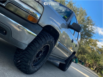"2002 Chevrolet Tahoe - 18x9 -12mm - Vision Rocker - Stock Suspension - 33"" x 12.5"""