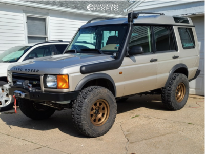 """2000 Land Rover Discovery - 16x8 0mm - Method Mr701 - Suspension Lift 3"""" - 285/75R16"""