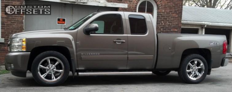 2012 Chevrolet Silverado 1500 - 20x8.5 31mm - GM CK948 - Lowered 2F / 4R - 285/50R20