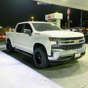 "2020 Chevrolet Silverado 1500 - 20x10 -24mm - Moto Metal Mo970 - Leveling Kit - 33"" x 12.5"""