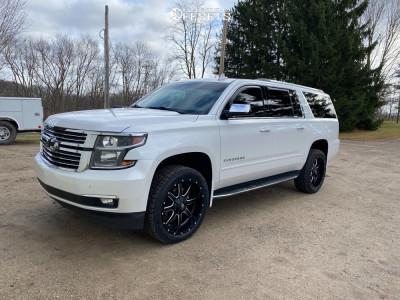 "2018 Chevrolet Suburban - 22x10 12mm - Fuel Maverick D538 - Suspension Lift 2.5"" - 285/45R22"