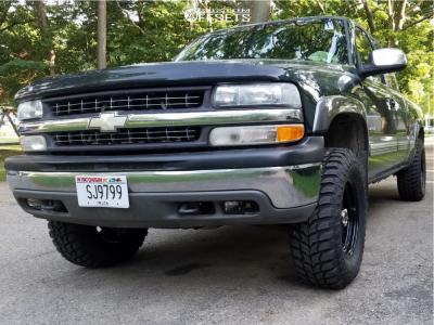 2001 Chevrolet Silverado 1500 - 17x9 -12mm - Vision Soft 8 - Leveling Kit - 385/70R17