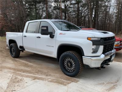 2020 Chevrolet Silverado 3500 HD - 20x9 0mm - Cali Offroad Switchback - Stock Suspension - 285/55R20