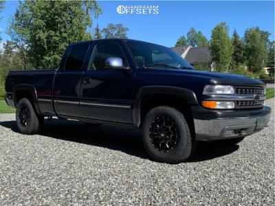 "2000 Chevrolet Silverado 1500 - 17x9 -17mm - Mayhem Warrior - Stock Suspension - 30"" x 9.5"""