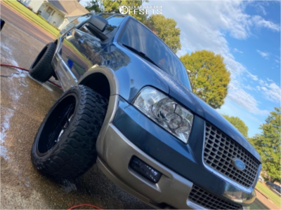 """2004 Ford Expedition - 22x12 -51mm - Cali Offroad Summit - Stock Suspension - 33"""" x 12.5"""""""