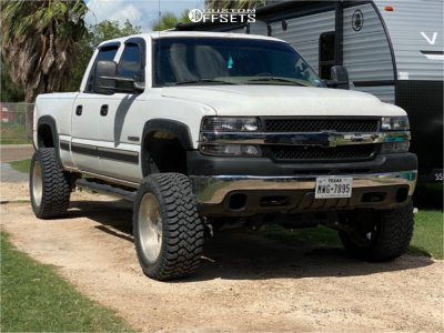 "2002 Chevrolet Silverado 1500 HD - 20x10 -24mm - Intro Dynamic - Suspension Lift 8"" - 33"" x 12.5"""