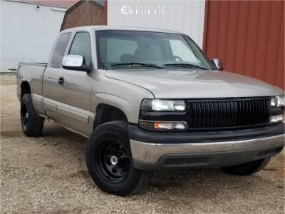 "1999 Chevrolet Silverado 1500 - 17x9 -19mm - Pro Comp Series 97 - Suspension Lift 3"" - 245/70R17"