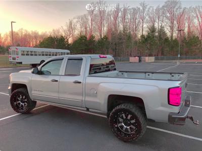 """2018 Chevrolet Silverado 1500 - 20x10 -24mm - Gear Off-road Big Block - Stock Suspension - 33"""" x 12.5"""""""