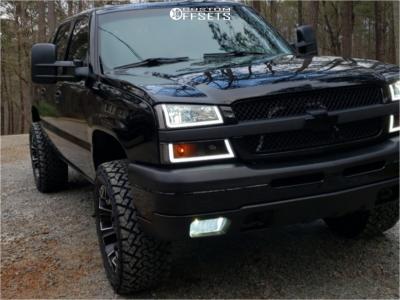 "2004 Chevrolet Avalanche 1500 - 20x10 -19mm - Fuel Assault - Leveling Kit - 33"" x 12.5"""